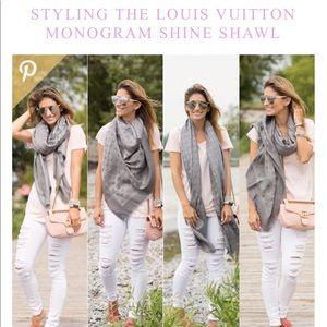 Louis Vuitton monogram scarf wool blend fringe